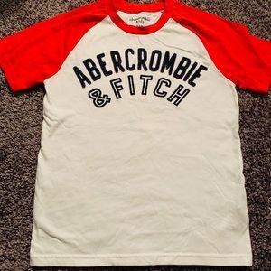Boys Abercrombie t-shirt, size 9/10